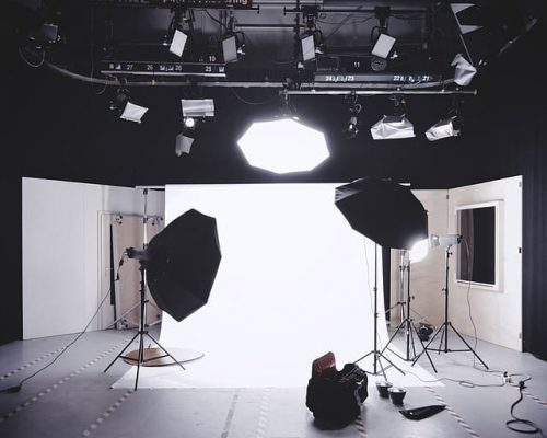 photoshoot-lights-lighting-backdrop-photography-camera